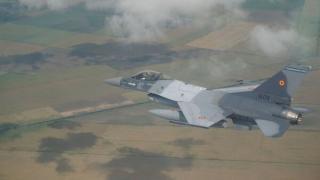 Aerostar Bacau devine centru de mentenanta pentru avioanele F-16