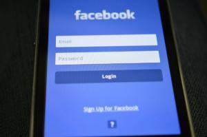 Facebook Messenger primeste functia de traducere automata a mesajelor