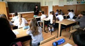 Ministrul Educatiei face denunt penal pentru informatiile false aparute in spatiul public, conform carora scoala ar incepe pe 6 aprilie