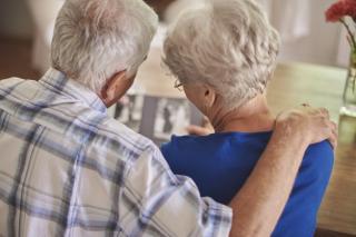 Peste 20% din europeni au 65 de ani sau mai mult. In pandemie, aceasta nu e o veste buna