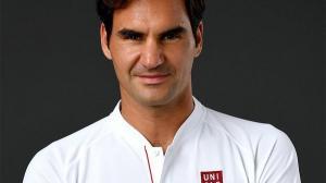 Pentru 300 de milioane de dolari, Roger Federer a schimbat Nike cu UNIQLO