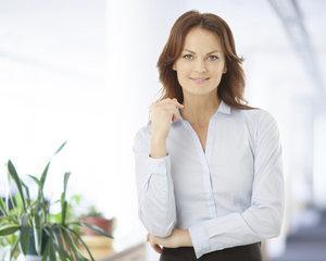 Provocarea europeana. Accesul femeilor la posturile de conducere, blocat de un plafon de sticla