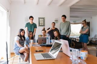 Se poate si Romania lauda cu ceva: suntem printre primii la numarul de angajate cu studii in IT&C