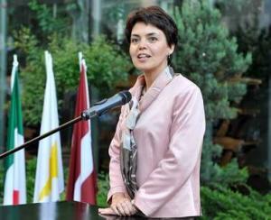 Cate femei au functii de conducere in companiile din Romania