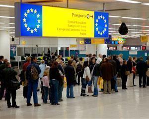 Financial Times: Britanicii si-au facut griji degeaba in privinta imigrantilor romani