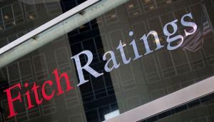Fitch revizuieste de la stabil la negativ perspectiva de rating a BCR si BRD, ca urmare a efectelor OUG 114