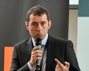 Editorial Florin Campeanu: Despre rusinea si mandria de a fi roman