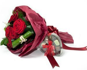 Incep sa apara comenzile pentru Valentine's Day