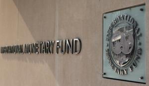FMI recomanda Romaniei moderatie fiscala pentru evitarea unei posibile recesiuni economice