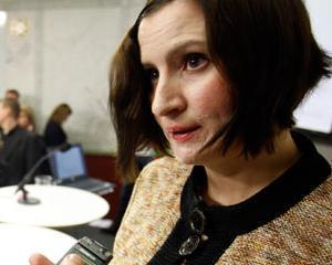 """Teodorovici: """"Ministrul suedez Birgitta Ohlsson isi mentine abordarea total nedreapta fata de ROMANIA"""""""