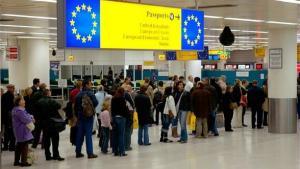 Exodul fortei de munca adanceste criza companiilor romanesti