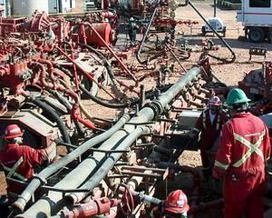 Parlamentul European: Explorarea prin fracturarea hidraulica trebuie sa faca obiectul unor studii de impact de mediu