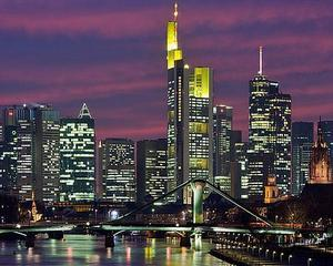 Uniunea Europeana: Deficitul comercial a ajuns la 900 milioane euro in primele sase luni