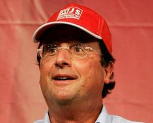 Hollande nu vrea sa calce pe urmele lui DSK