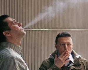 ANALIZA: Cat costa un angajat fumator versus unul nefumator
