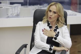 Gabriela Firea, cand l-a vazut pe Nicusor Dan la tv, dupa castigarea alegerilor: Am vrut sa sparg televizorul cu pantoful, dar m-a oprit sotul