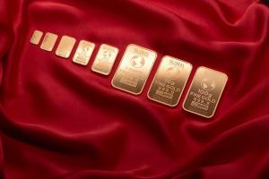 Valutele forte dau un pic inapoi, in timp ce pretul gramului de aur trece de 240 de lei!