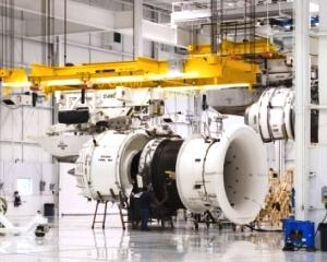 Record: Cea mai mare comanda din istorie pentru motoarele cu reactie