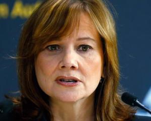 CEO-ul GM a plans la o intalnire cu rudele victimelor unor accidente in care au fost implicate masinile produse de companie