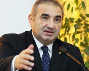 Florin Georgescu a devenit Doctor Honoris Causa al SNSPA