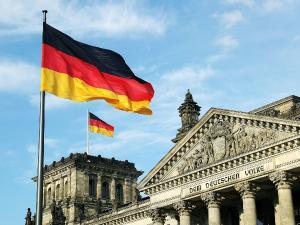 Germania interzice intrarea lucratorilor sezonieri straini pe teritoriul ei