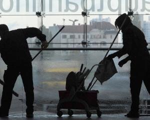 Studiu: 1 din 4 germani lucreaza intr-un sector cu salarii mici