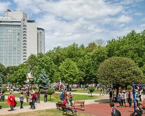 Autoritatile redeschid Parcul Gezi din Istanbul