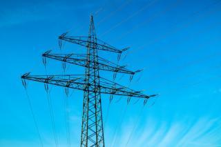 Cine nu isi schimba furnizorul de energie, va plati mai mult la facturi