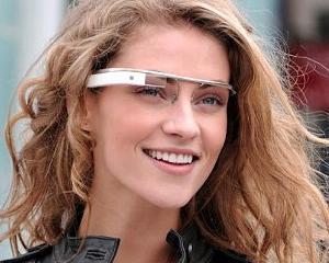 Romanii pot testa ochelarii Google