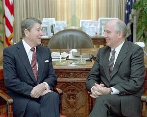15 martie 1989: Gorbaciov cere reforma radicala in agricultura sovietica
