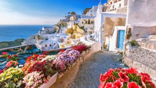Grecia face demersuri in vederea deschiderii bilaterale a turismului cu Romania