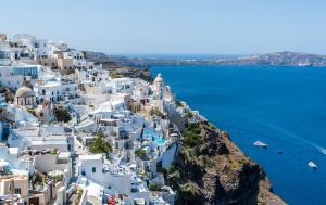 Avertisment MAE pentru romanii care pleaca in vacanta:  Riscul de incendii se mentine ridicat in majoritatea regiunilor din Grecia