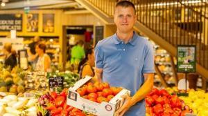 Mega Image continua dezvoltarea parteneriatul cu producatorii locali de legume prin programul Gusturi romanesti de la gospodari