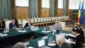 Guvernul include Formularul 600 si alte sase formulare intr-o Declaratie unica