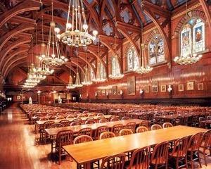 Universitatea Harvard a primit cea mai mare donatie din istoria sa: 350 de milioane de dolari