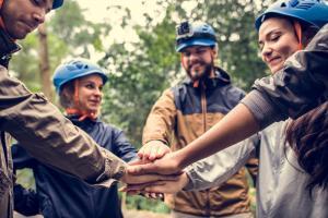 Cum organizezi un teambuilding reusit, de la A la Z