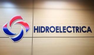 Piata de energie se liberalizeaza de la 1 ianuarie. Hidroelectrica scade pretul energiei active la consumatorul casnic de la 0,255 de lei/kWh, la 0,245 lei/kWh