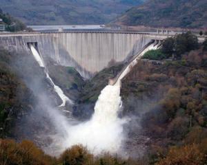 Insolventa a adus un profit istoric la Hidroelectrica