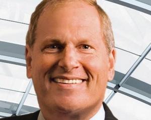 Dave Cote, presedinte si CEO Honeywell, ales CEO-ul Anului de revista Chief Executive