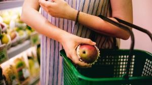 Noi reglementari privind risipa alimentara: cheltuielile cu alimentele donate se deduc din impozitul pe profit