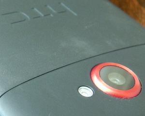 HTC doreste sa-si externalizeze productia de smartphone-uri