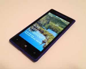 HTC va lansa un smartphone cu ecran de 4,7 inci si sistem de operare Windows Phone 8