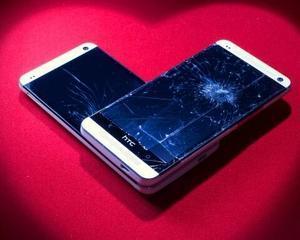 SUA: HTC va inlocui gratuit ecranele sparte ale telefoanelor utilizatorilor sai