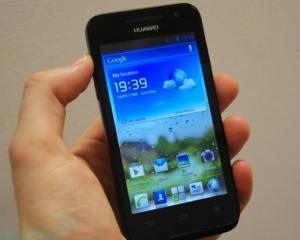 Vanzarile de smartphone-uri Huawei au crescut cu aproape o treime