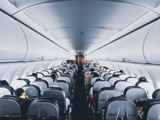 300.000 de dolari PE MINUT - pierderea companiilor aeriene din cauza pandemiei