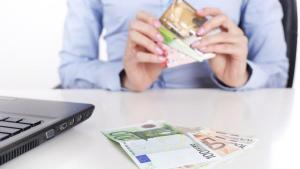 STUDIU: Avem cei mai murdari bani din lume
