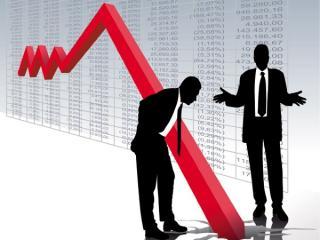 Mediul de afaceri, bagat in panica de Covid: Peste 50 la suta dintre firme se tem ca vor pune lacatul pe usa