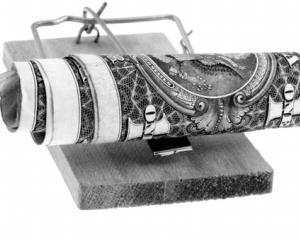 ANALIZA: Cum poti scapa de comisioanele ilegale percepute de banci