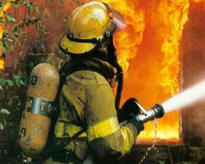 Analiza KeysFin. Efectul Colectiv - firmele de protectie impotriva incendiilor, un business de viitor