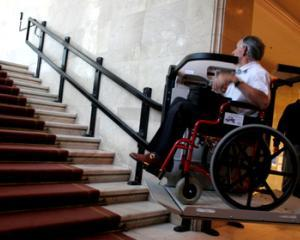 Indemnizatii majorate cu 16% din 2015 pentru persoanele cu handicap